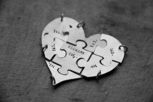 jigsaw_heart