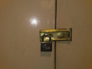 locked-emergency-door-002
